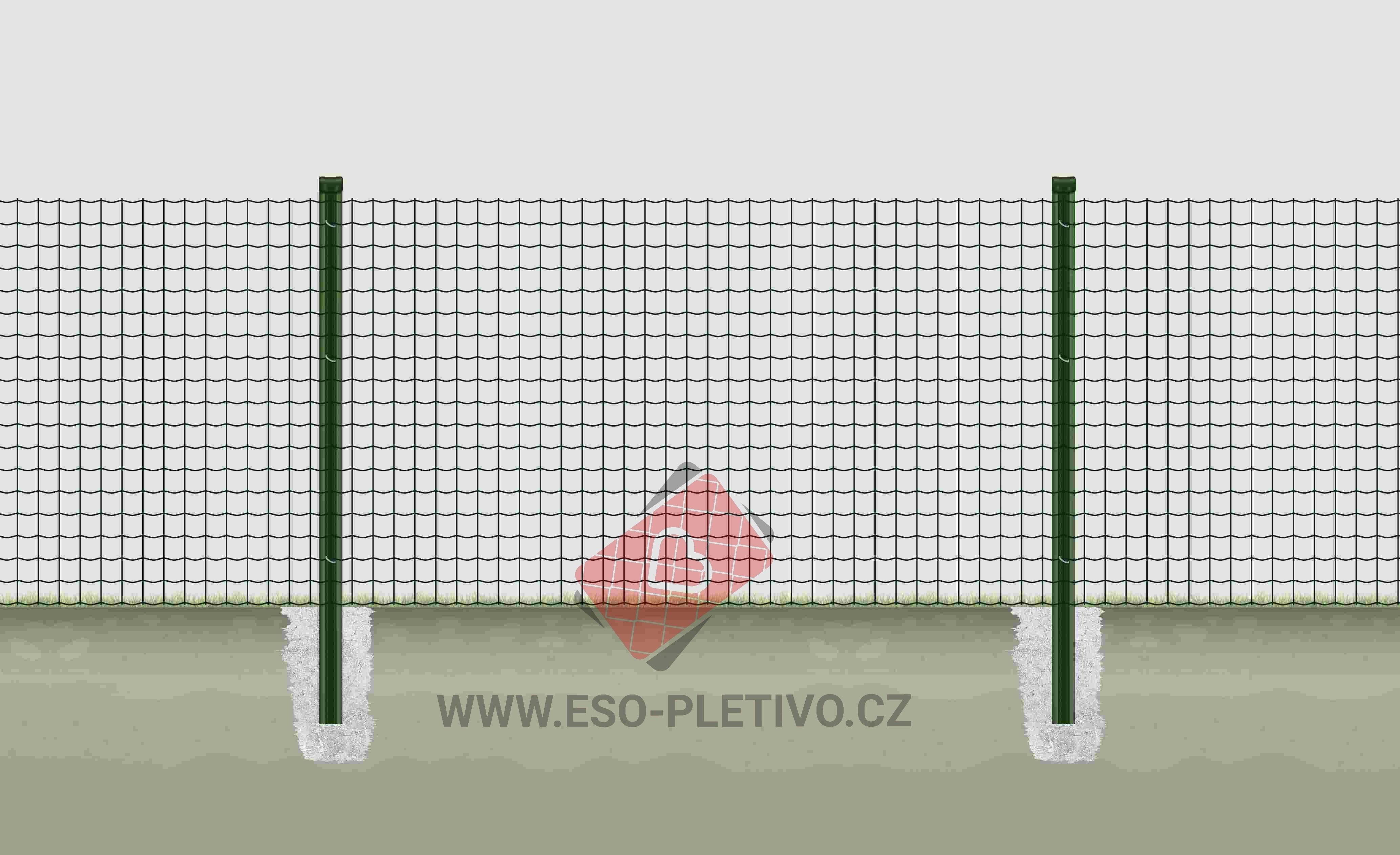 svařované pletivo premium na plotových sloupcích s montážní lištou